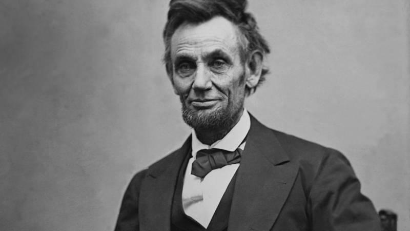 Everett Historical / Shutterstock.com